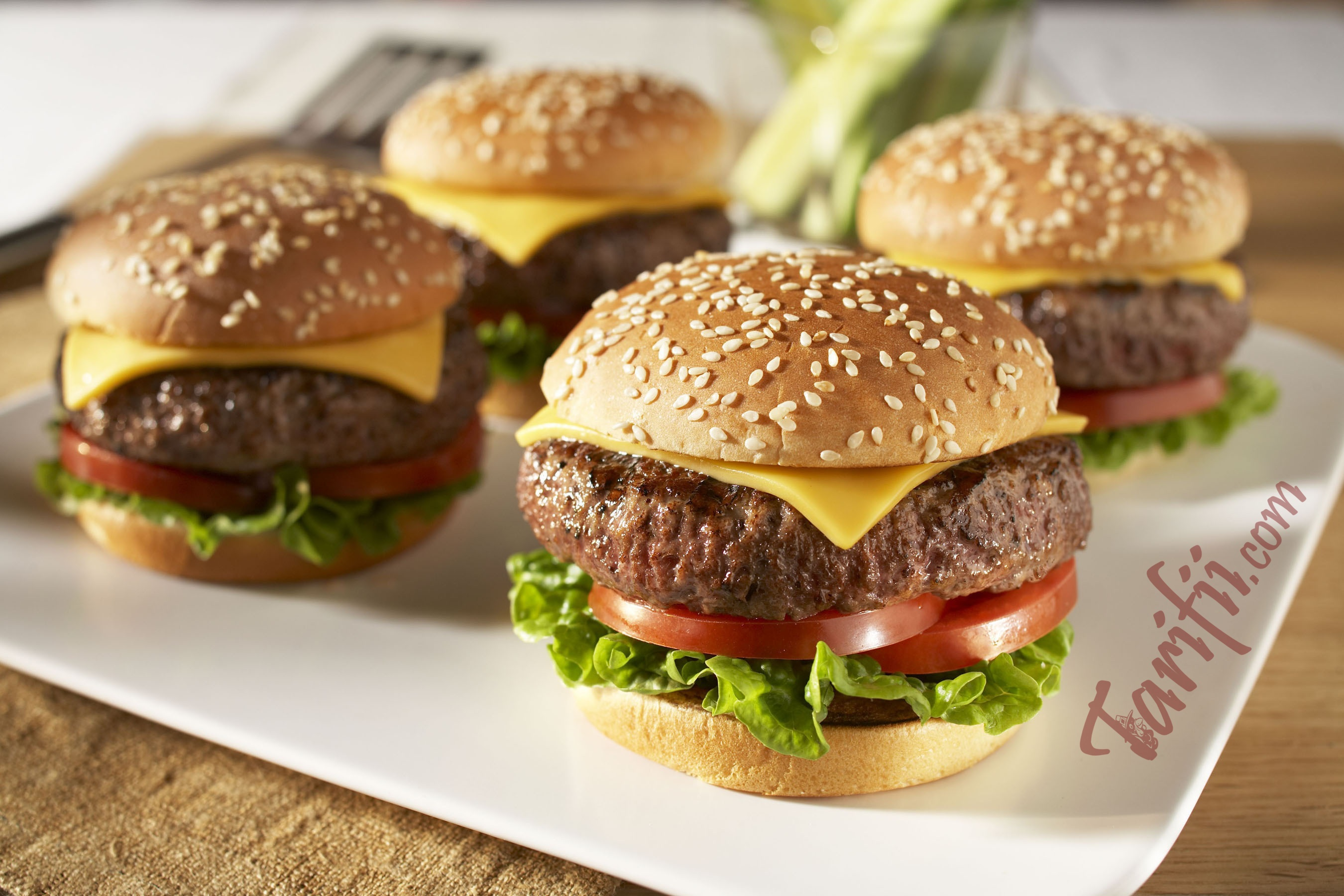 Çocuklar İçin Evde Hamburger Nasıl Yapılır